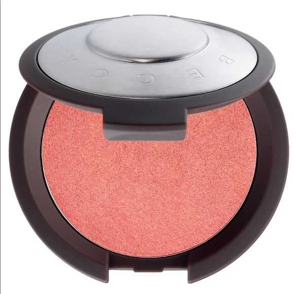 BECCA Other - BECCA's Shimmering Skin Perfector™ Luminous Blush